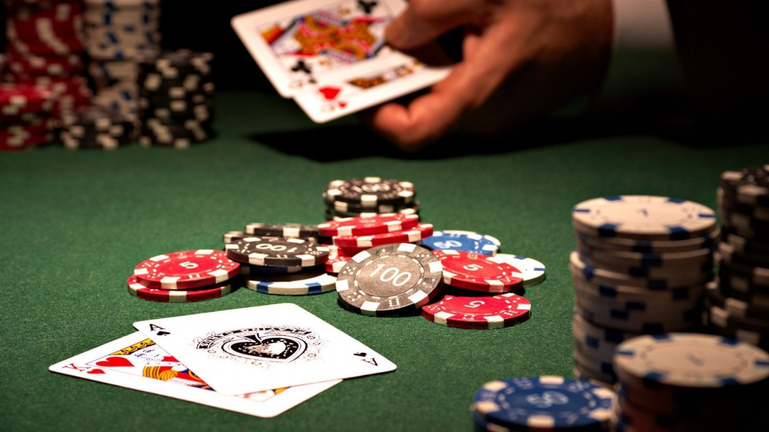 The best way to Win Patrons And Affect Sales with Casino